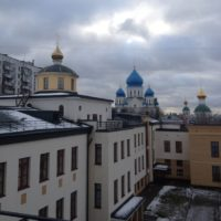 Изготовлены Крест и купол на здании приютского дома Николо-Перервинского монастыря в Москве