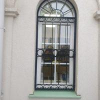 Решетки на окна Дома причта Храмового комплекса на Волжском бульваре