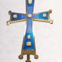 Крест с ониксами на Храм Покрова Пресвятой Богородицы в деревне Удеревка Курской области