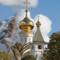 Изготовлены Золотые кресты и купола на Храме прп.Серафима Саровского в г. Хабаровске.