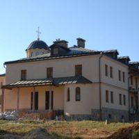 Установлен крест на Свято-Преображенский скит Данилова Монастыря
