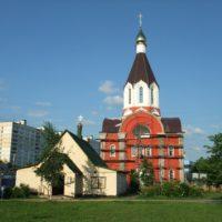 Установленные главы на Храм св. мц. Татианы Римской в Москве