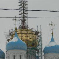 Идут работы по реставрации центрального купола Новоспасского ставропигиального мужского монастыря.