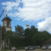 Монтаж купола и шпиля с крестом, реставрационные работы на Троицкой церкви в с. Поречье Бежецкого р-на