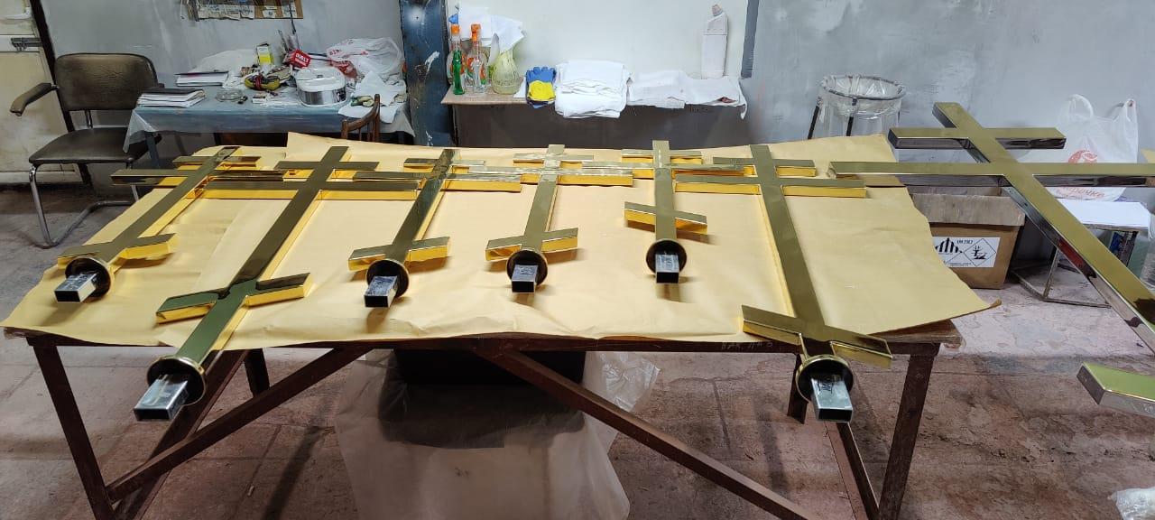 Изготовление крестов для Спасской церкви, Тюмень